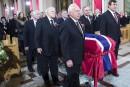 Funérailles nationales sous les applaudissements pour Jean Béliveau