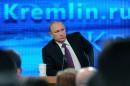 Poutine promet une sortie de crise dans deux ans