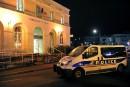 France: un homme armé est abattu dans un commissariat de police