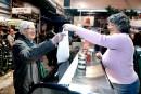 Marché du Vieux-Port: une boucherie part faute de commodités