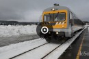 Train léger de Charlevoix: entre fleuve et falaises
