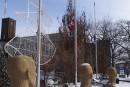 Les drapeaux mis en berne dans la région