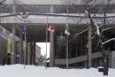 <em>Charlie Hebdo</em>: Trois-Rivières met ses drapeaux en berne