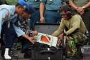AirAsia: les deux boîtes noires remontées à la surface
