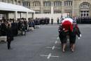 Hommage aux policiers morts à Paris