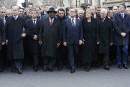 Sarkozy s'impose dans une photo historique