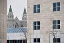 Conditions d'après-mandat à l'Université Laval: Hivon dénonce l'inaction de Bolduc