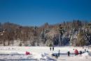 Dans les années 70, tous les gens chic prenaient leurs vacances d'hiver dans les Laurentides. Aujourd'hui, les touristes qui vont dans le Nord y trouvent-ils encore leur compte?