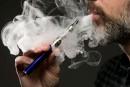 Cigarettes électroniques: un rapport fédéral veut resserrer le contrôle