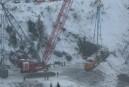 Déraillement mortel: la dernière locomotive extirpée des eaux