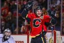 Les Flames échangent Glencross aux Capitals