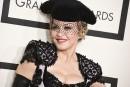 Madonna donne sa bénédiction au pape François