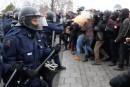 Manifestante blessée: Serge Ménard déplore les méthodes policières