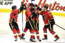 Les Flames prennent les devants dans la série