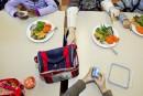 Coupes à la CSDM: un programme d'aide alimentaire réduit