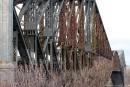 Pont de Québec: le coût de la peinture prouve l'abandon du CN, disent les maires