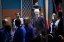 Bill Clinton continuera à donner des discours pour payer les «factures»
