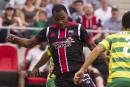 Julian de Guzman avec le Fury pour l'amour du soccer