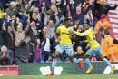 Crystal Palace défait Liverpool, Hull menacé