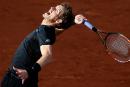Andy Murray poursuit sur sa lancée sur terre battue