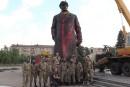 Lénine déboulonné à Slaviansk