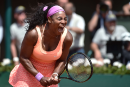 Serena Williams passe facilement en demi-finale