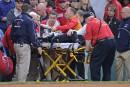 Une spectatrice blesséegravementpar un bâton brisé au Fenway Park