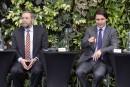 Mulcair et Trudeau veulent une surveillance des dépenses des Communes