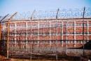 Trois gardiens inculpés pour la mort d'un détenu à Rikers Island