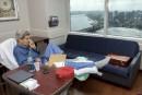 Sorti d'hôpital, Kerry dit qu'il ira finir les négociations avec l'Iran