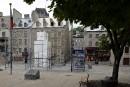 Place de Paris: le «Colosse de Québec» démantelé