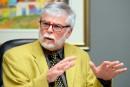 Université Laval: les syndicats réclament 12 millions $ à John Porter