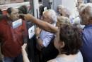 Les Grecs contraints de vivre avec de l'argent de poche