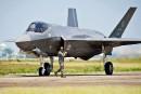 Libéraux et conservateurs s'escriment sur l'achat des chasseurs F-35