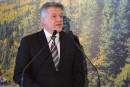 Crise forestière sur la Côte-Nord:Lessard prêt à signer une entente