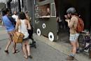 Faux camion de bouffe de rue sur Saint-Joseph