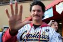 Capitales: TJ Stanton revient en gérant rival
