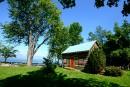 Les maisons du Bas-Canada: entre quatre murs de pruche