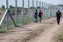 En quatre mots: défoncer le mur hongrois