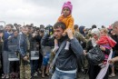 Accueil des réfugiés: les mesures d'urgence proposées par Juncker approuvées