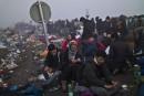 Confusion et désespoir dans un camp en Hongrie
