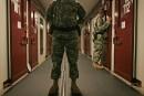 Un «conseiller» de Ben Laden transféré de Guantanamo au Koweït