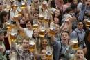 L'Oktoberfest s'ouvre à Munich en plein afflux de réfugiés