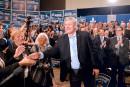 Stephen Harper courtise la fonction publique et fustige les syndicats