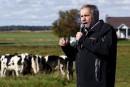 Le PTP inquiète Mulcair et Duceppe, Trudeau refuse de commenter