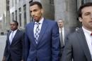 Un joueur suisse de la NBA accuse les policiers new-yorkais de brutalité