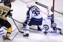 Les Jets battent les Bruins 6-2