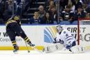 Les Sabres battent les Maple Leafs 2-1 en fusillade<strong></strong>