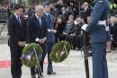 Trudeau et Harper à la cérémonie commémorative des événements d'octobre 2014