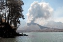 Une éruption volcanique force la fermeture de l'aéroport de Bali